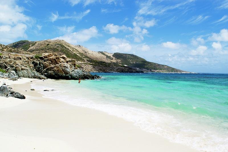 Pinel_Beach