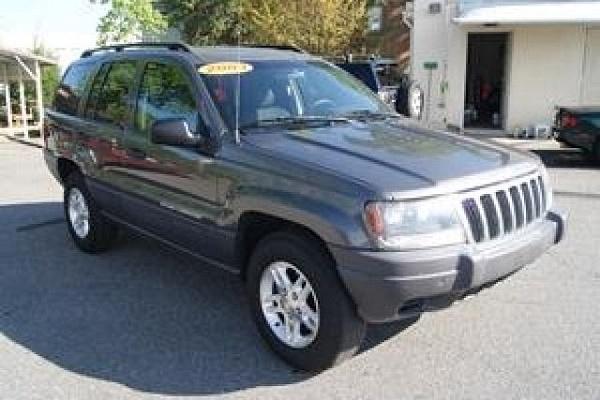 2003 Jeep Grand Cherokee Laredo by Zack Boyd