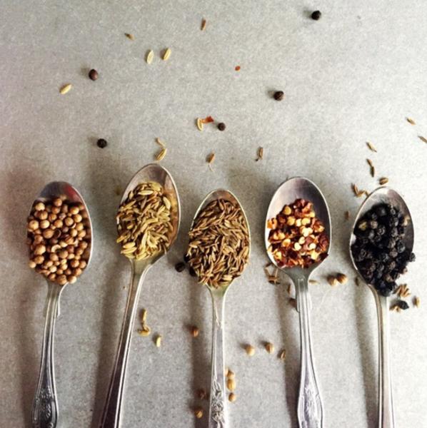 making spice mix by Gabriel le Roux