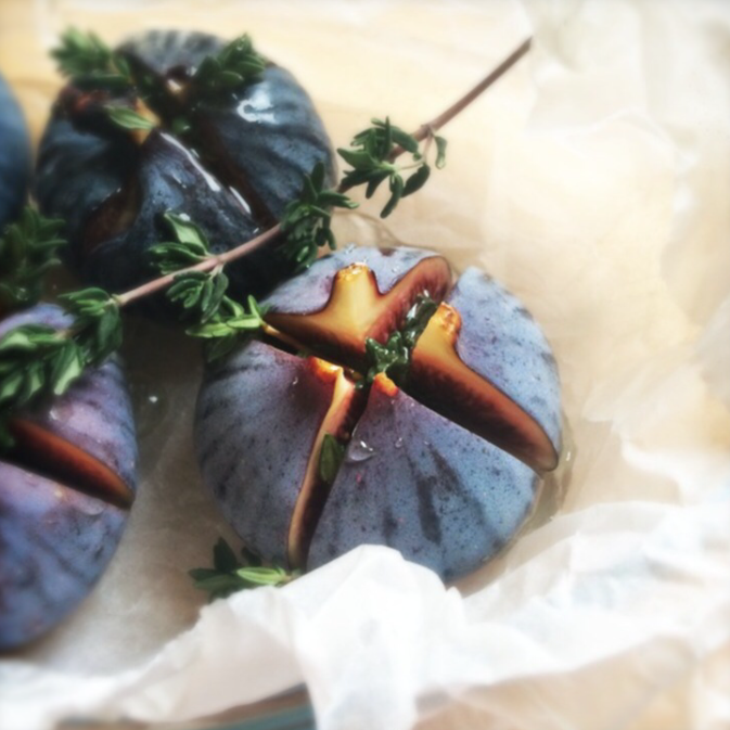 thyme roasted figs