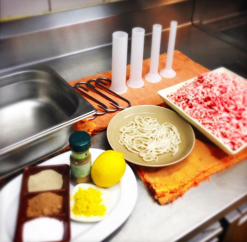 making homemade pork sausage