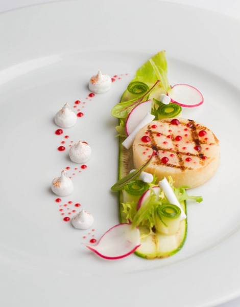 scallop with courgette by Gabriel le Roux