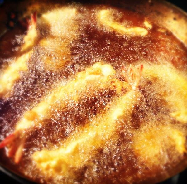 tempura prawns by Gabriel le Roux