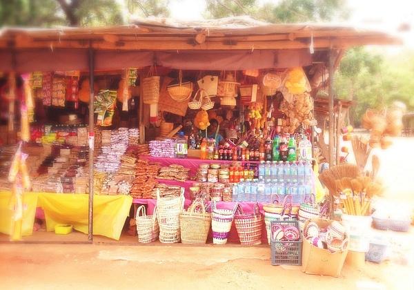 street shop in sri lanka by Gabriel le Roux