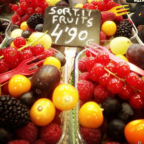 spanish fresh berries by Gabriel le Roux