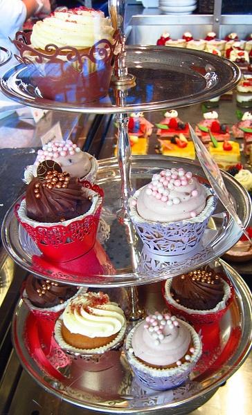 cupcakes by Gabriel le Roux