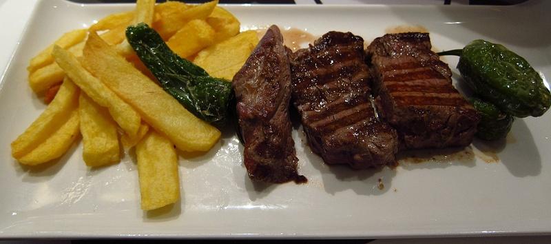 steak  snd chips
