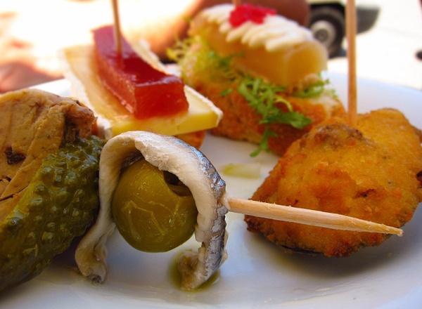selection of tapas by Gabriel le Roux