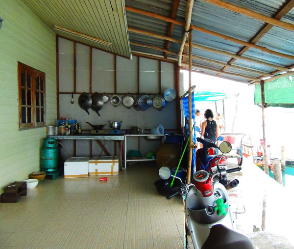 local fishing village kitchen by Gabriel le Roux
