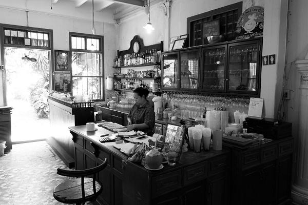 Thai Bar by Gabriel le Roux