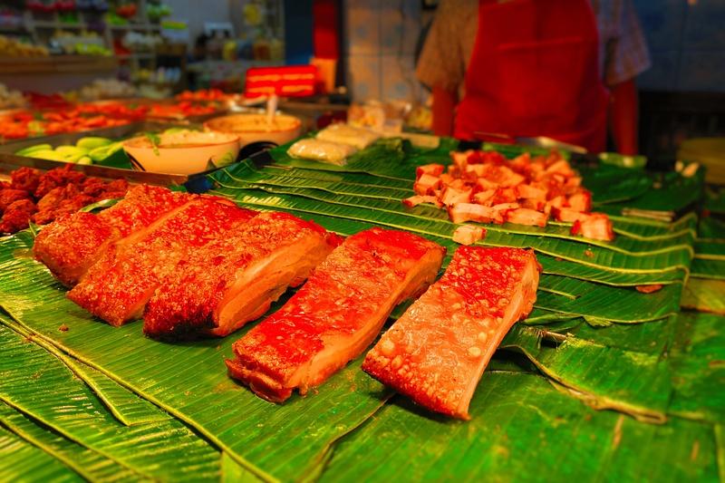 red fried pork belly thai food market