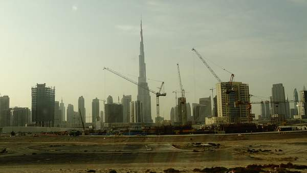 Still some place for skysrapers with the gorgeous Burj Kalifa in center