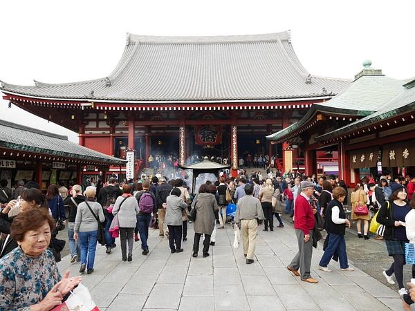Asakusa pyhäkkö by hannajamikko