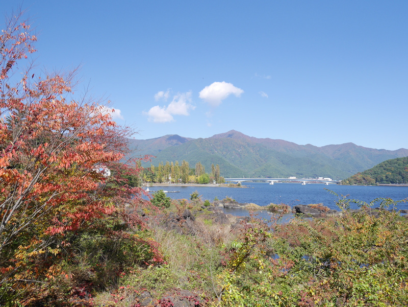 Lake Kawaguchiko ja ruskan värit.