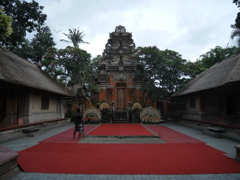 Ubud Palace, jossa asuu Balin ylhäimmistöä