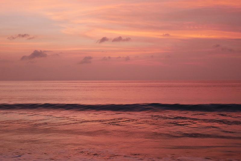 Jimbaran on tunnettu parhaista auringonlaskuista.