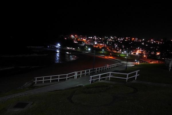 Iltamaisemaa Bronte Beachilta by hannajamikko