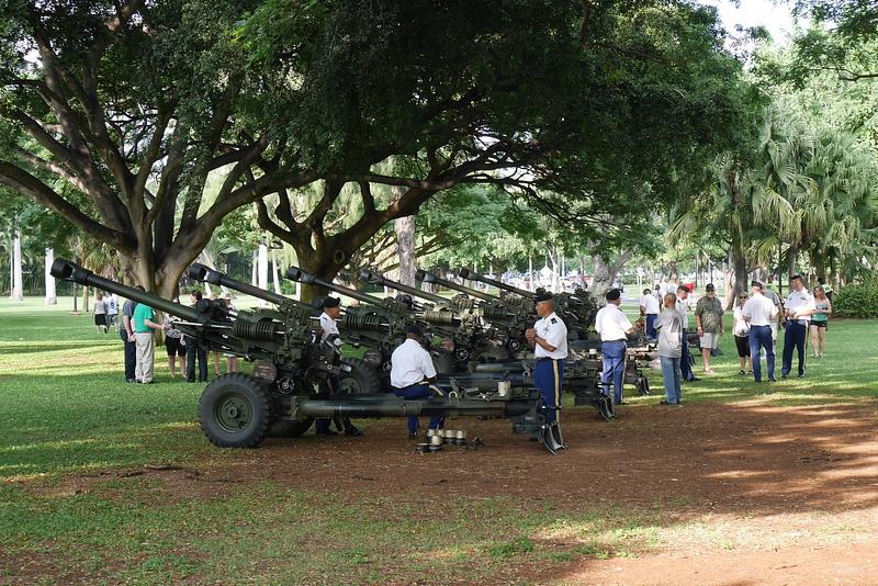 Näillä tykiteltiin Pearl Harborin hyökkäyksen vuosipäivän kunniaksi