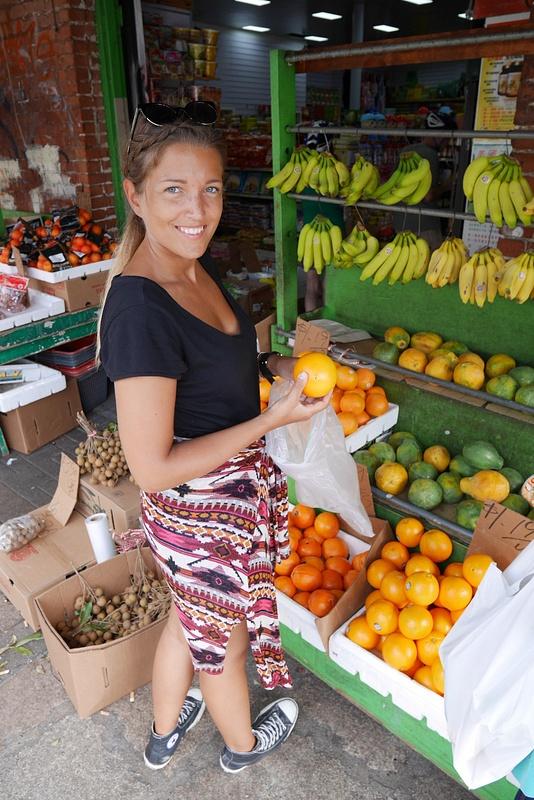 Chinatownin hedelmämarkkinoilla