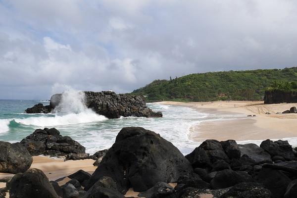 Waimea on surffareiden lempparipaikkoja saarella isojen aaltojen vuoksi by hannajamikko