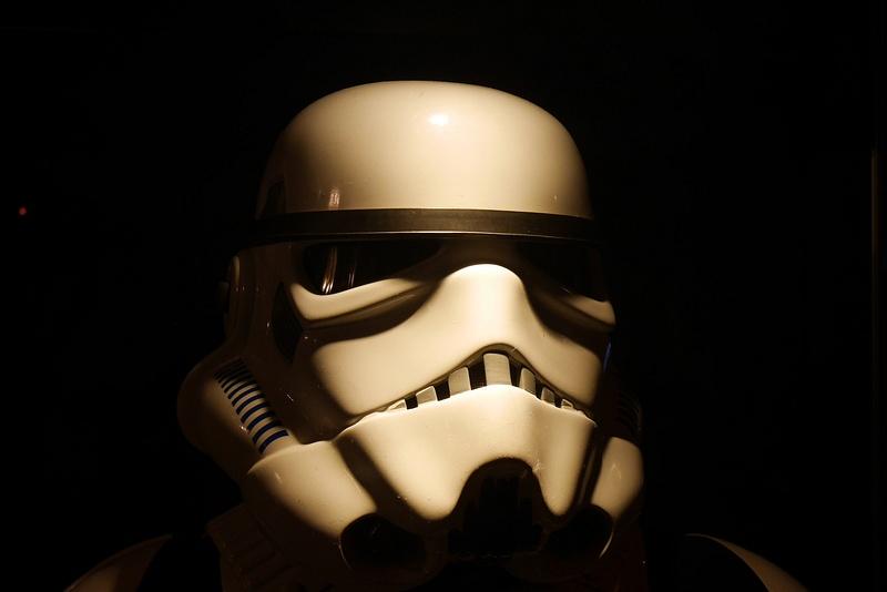 Aito Star Trooper-asu Star Wars VII elokuvanäytöksessä.
