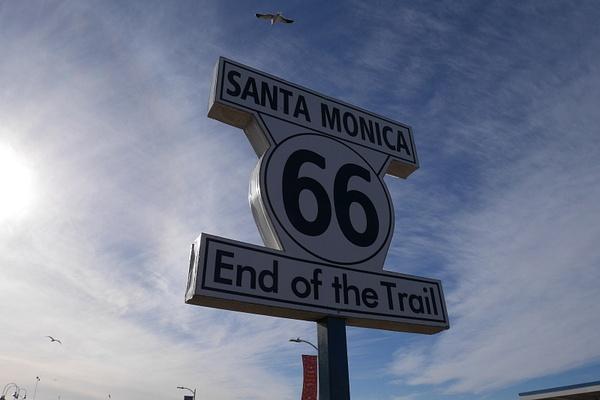 Tästä alkaa tai loppuu Route 66 by hannajamikko