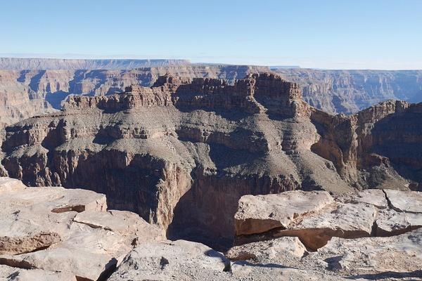 Grand Canyonin kiellekkeellä by hannajamikko