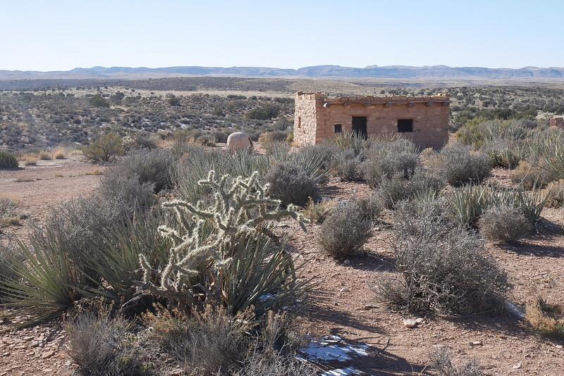 LUNTA!! kaktuksen varjossa ja vanha alkuperäisamerikkalaisten koti