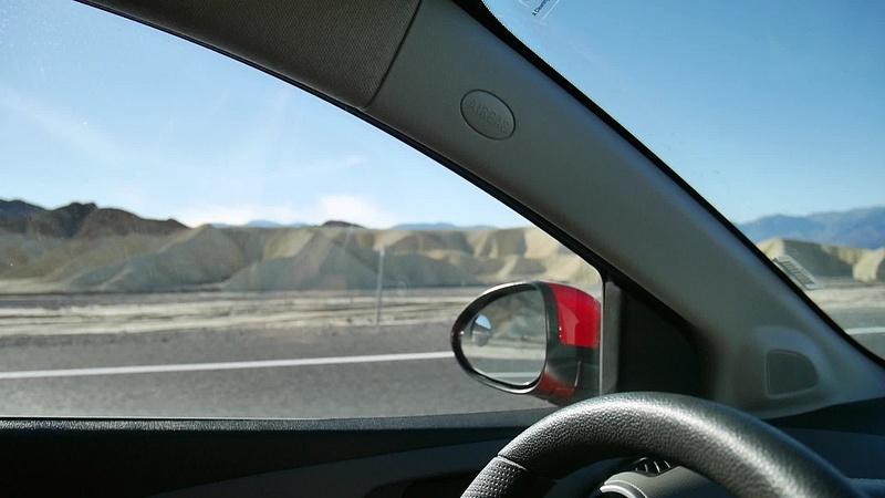 Death Valley oli täynnä upeita muodostelmia, värejä materiaaleja...