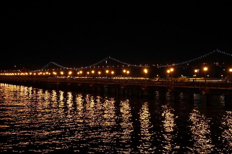 Bay Bridge uuden vuoden yönä