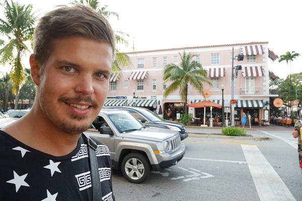 Miami Beachin Art Deco alueella by hannajamikko