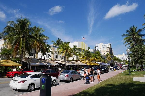 Miami Beach Ocean Drive by hannajamikko