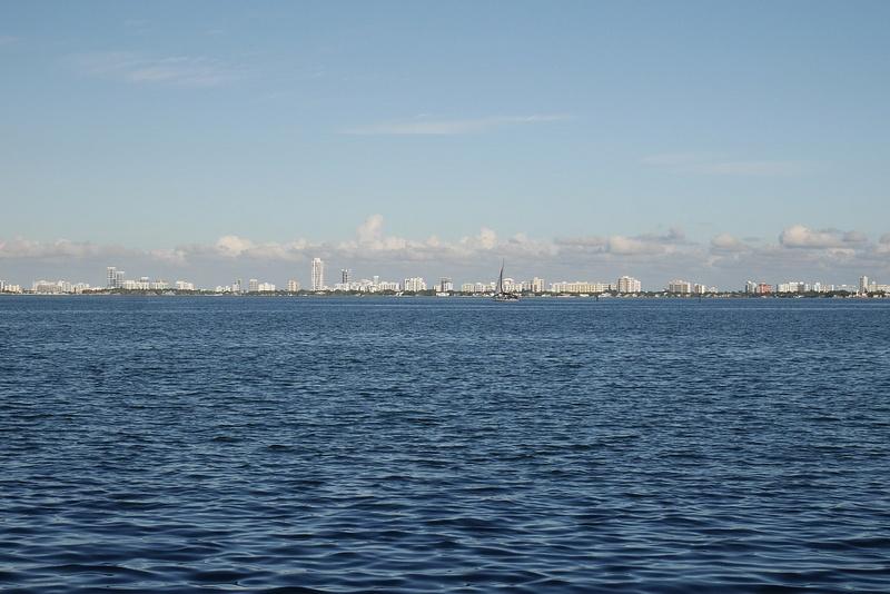 Miami Beachin saaret mantereelta kuvattuna
