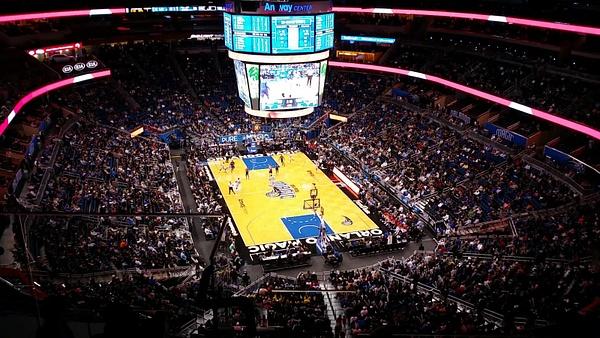 NBA korismatsia kattomassa Orlandossa by hannajamikko