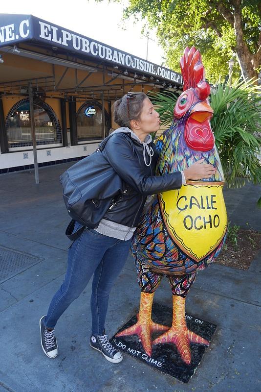 Kuubalainen pääkatu Calle Ocho