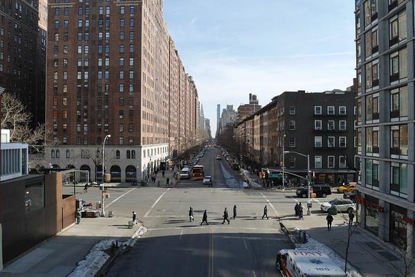 Manhattanin High Lane on vanha junarata, joka on nykyään suosittu kävelyreitti korkealla. by hannajamikko