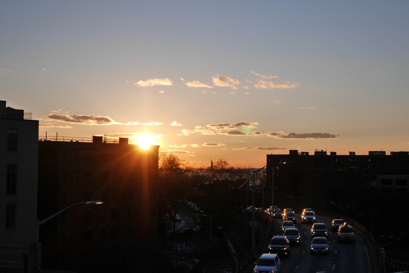 Auringonlasku Hudson Riverillä