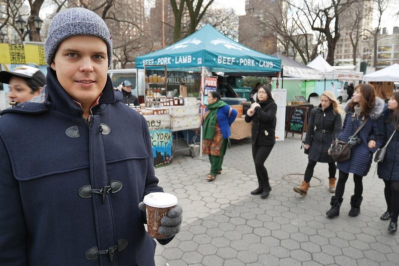 Markkinat Union Square Parkissa ja kuumaa omenasiideriä