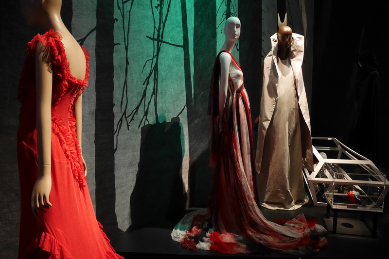New York Fashion Week ja käynti Fashion Institute of Technology Museumissa