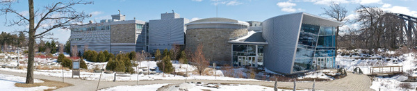 Aquarium de Québec (pano) by BaronMingus