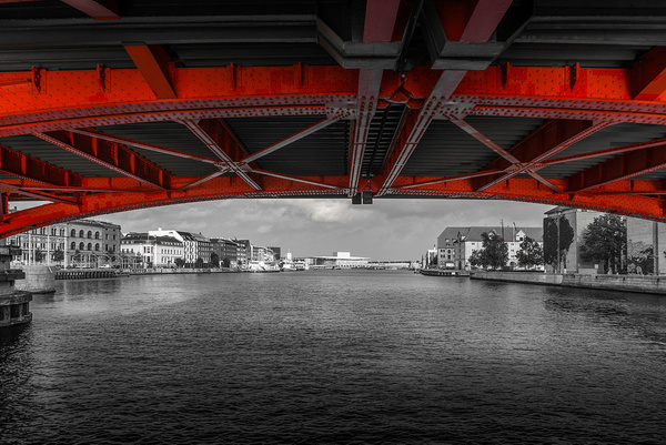1000_Kbh_UnderTheBridge by -Ashen-