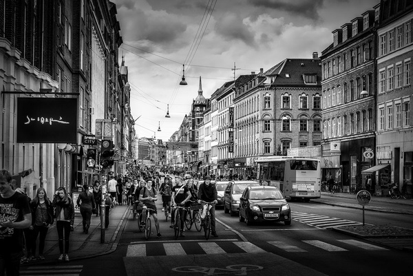 1000_Norrebro_1_BW by -Ashen-