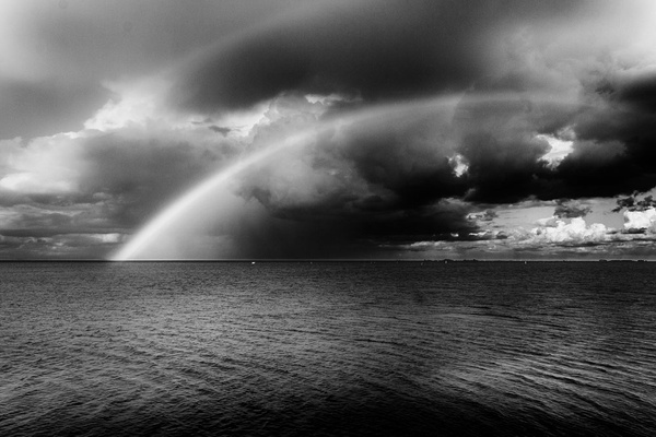 1000_Rainbow_1_BW by -Ashen-