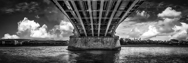 1000_Bp_Bridge_Pano_BW by -Ashen-