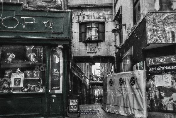 London_Street-2 by -Ashen-