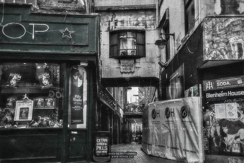 London_Street-2
