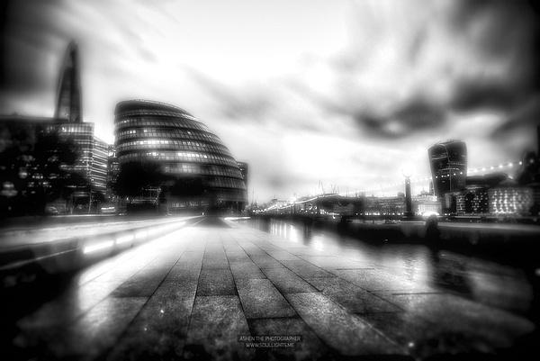 London_Blurry by -Ashen-