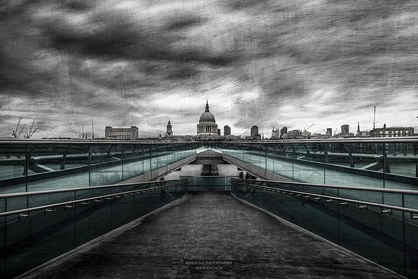 London_Bridge_1 by -Ashen-