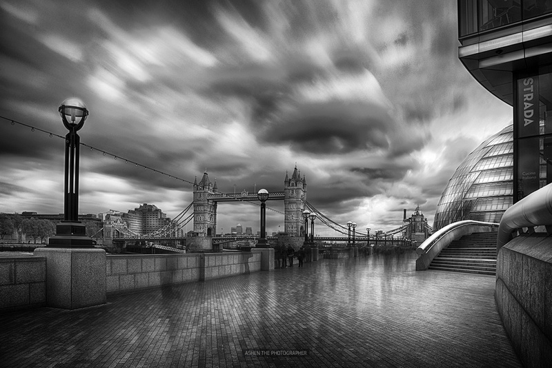 London_HDR_BW