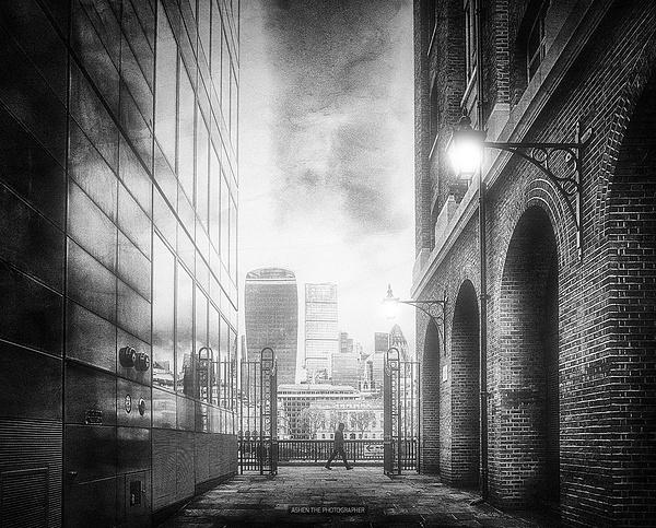 Walk in London by -Ashen-